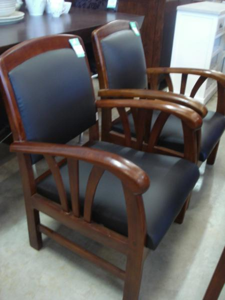fauteuils dak discount fauteuils dak pas cher 99 euros val d oise. Black Bedroom Furniture Sets. Home Design Ideas