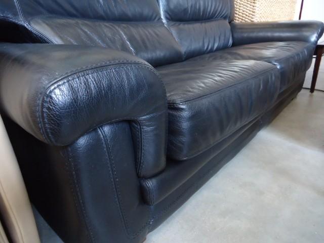 canap cuir discount canap cuir pas cher 380 euros val d oise. Black Bedroom Furniture Sets. Home Design Ideas