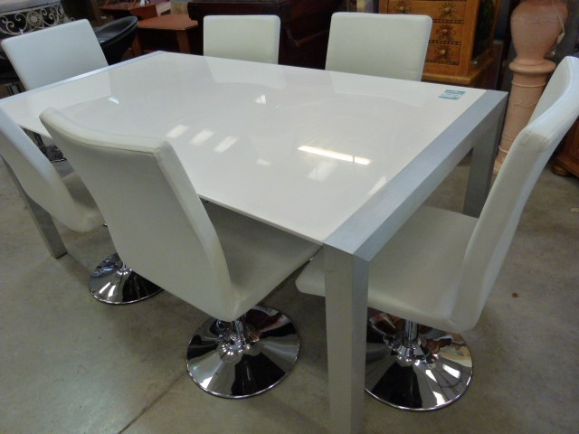 Table 6 chaises laque blanche discount table 6 chaises laque blanche pas - Table et chaise blanche ...