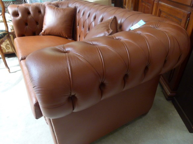 Canap chesterfield cuir marron glac discount canap for Canape chesterfield cuir pas cher